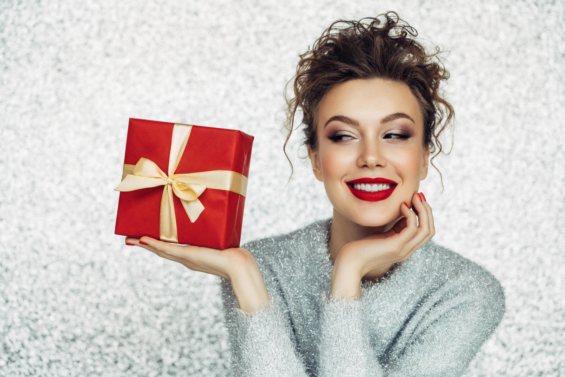 Tis the Season for Giving with Our Spa-La-La Promotion